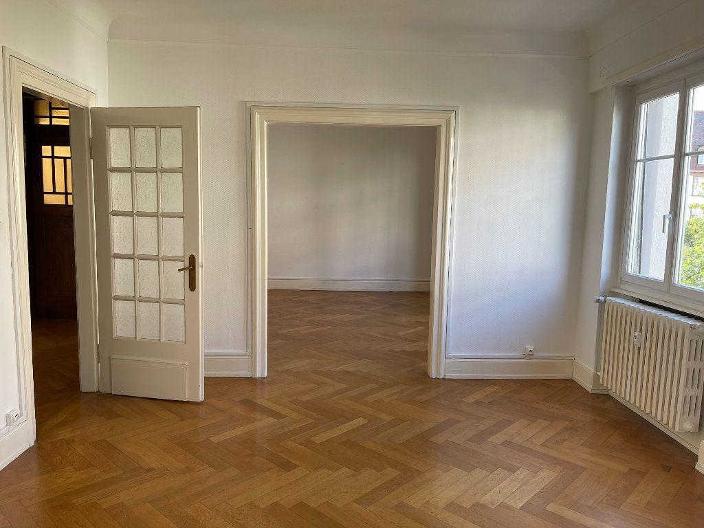 Appartement à louer 3 76.39m2 à Strasbourg vignette-2
