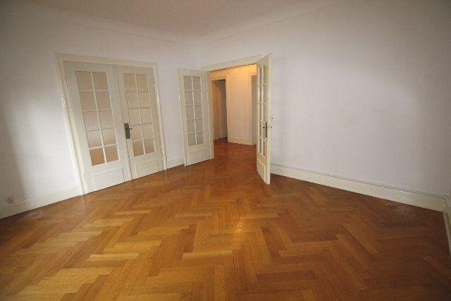 Appartement à louer 3 76.39m2 à Strasbourg vignette-3