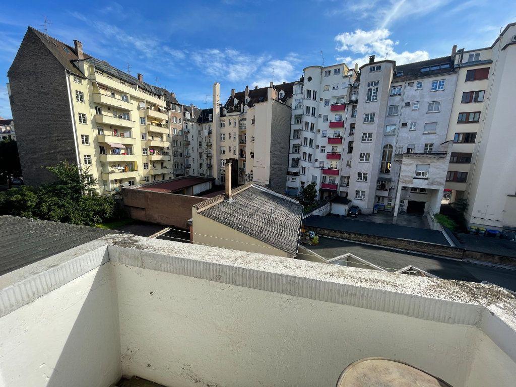 Appartement à louer 3 76.39m2 à Strasbourg vignette-8