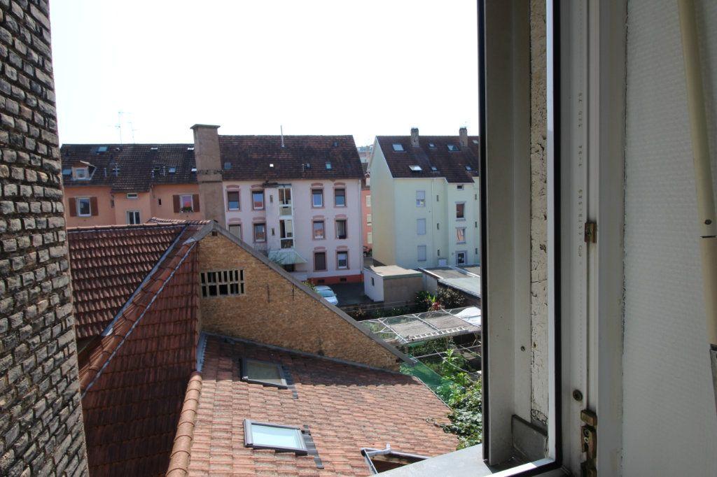 Appartement à louer 2 31.62m2 à Schiltigheim vignette-1