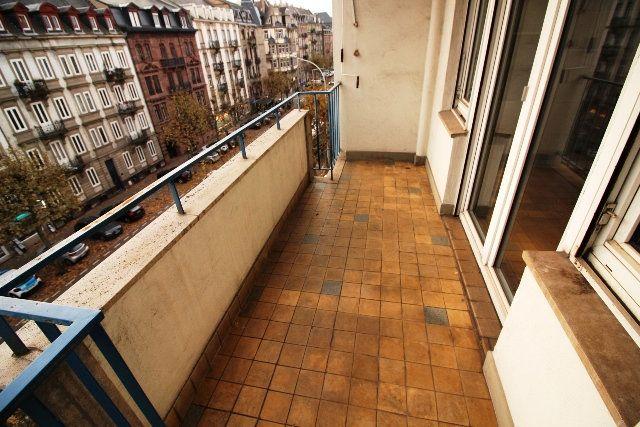 Appartement à louer 5 122.4m2 à Strasbourg vignette-11
