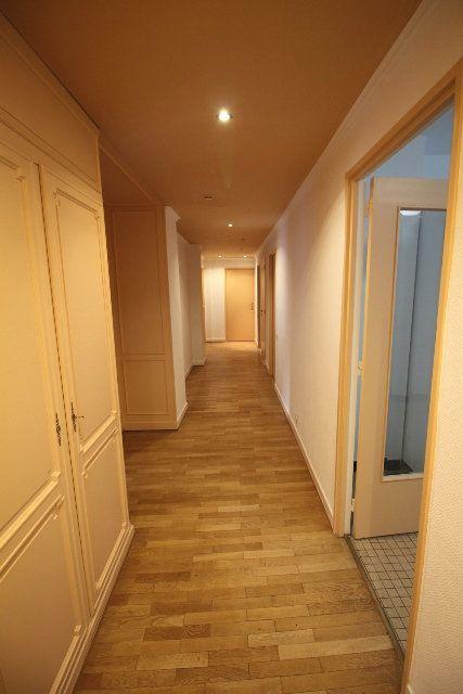 Appartement à louer 5 122.4m2 à Strasbourg vignette-12