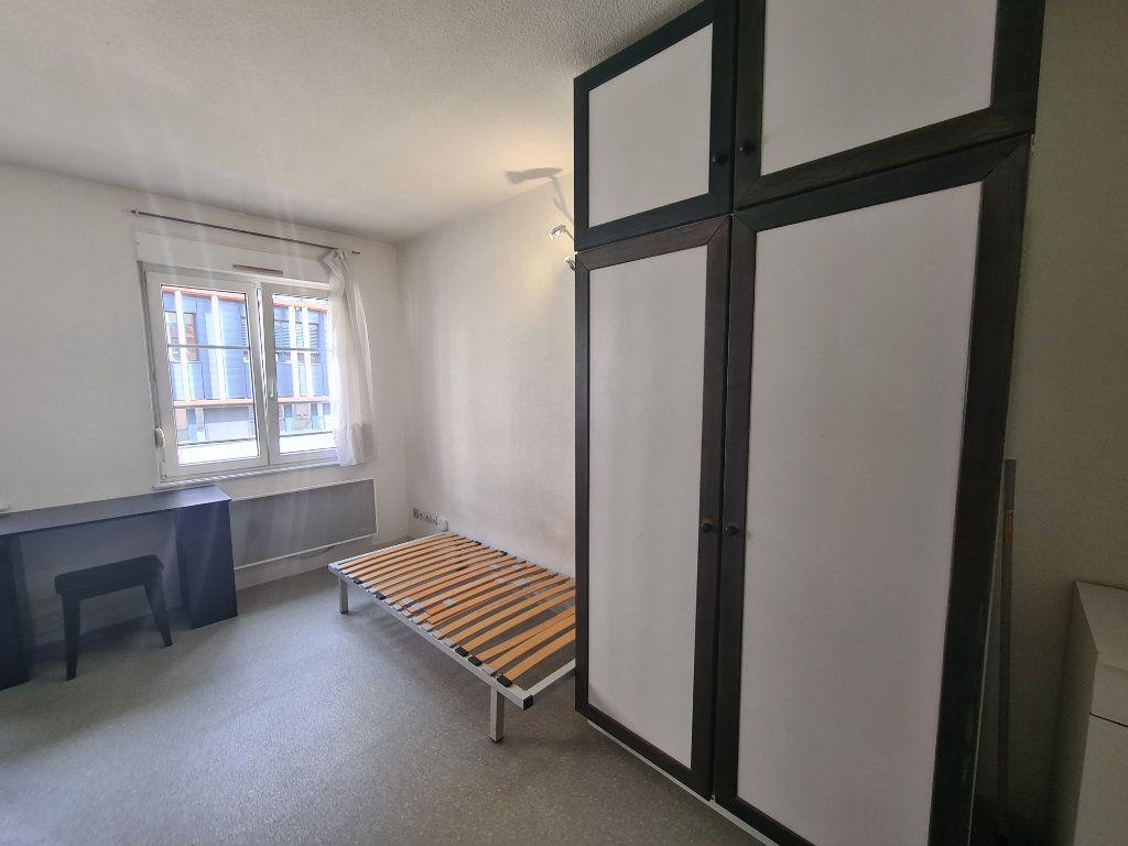 Appartement à louer 1 17.81m2 à Strasbourg vignette-3