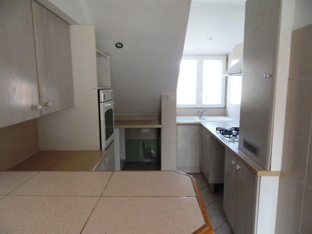Appartement à louer 3 45.84m2 à Strasbourg vignette-4