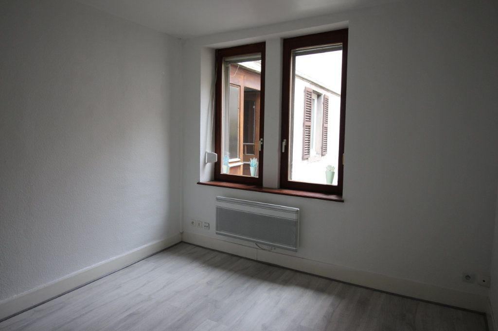 Appartement à louer 3 47.47m2 à Strasbourg vignette-3