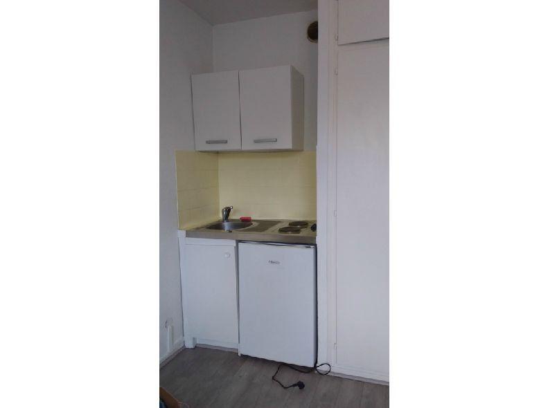 Appartement à louer 1 14m2 à Strasbourg vignette-2