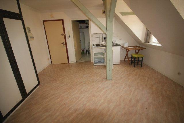 Appartement à louer 1 30.82m2 à Strasbourg vignette-2