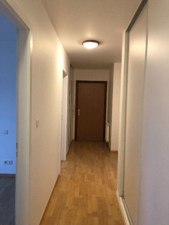 Appartement à louer 4 79.8m2 à Strasbourg vignette-6