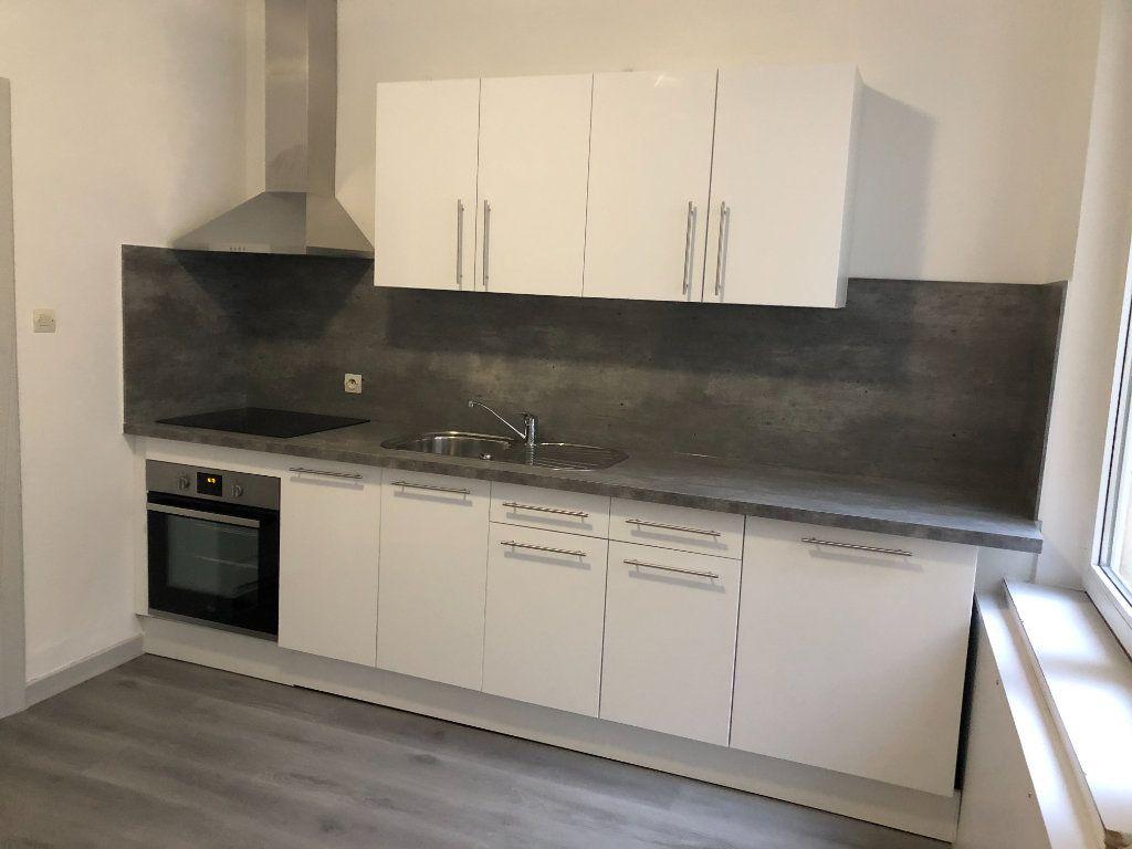 Appartement à louer 2 50.91m2 à Strasbourg vignette-2