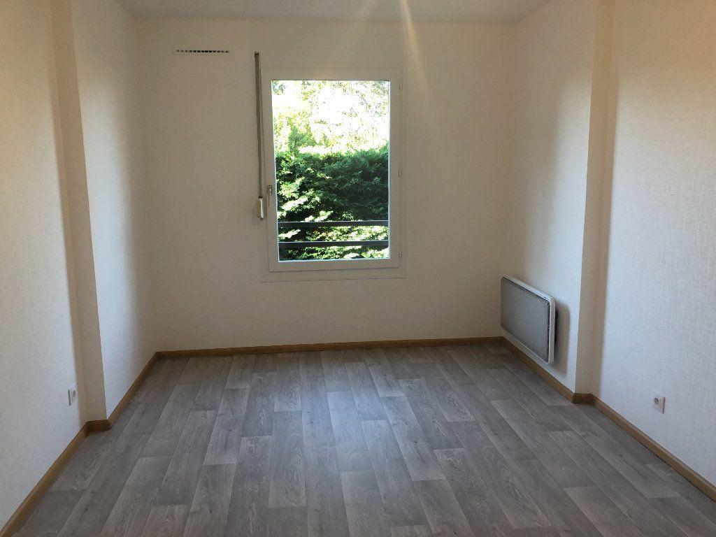 Appartement à louer 2 52.73m2 à Strasbourg vignette-4