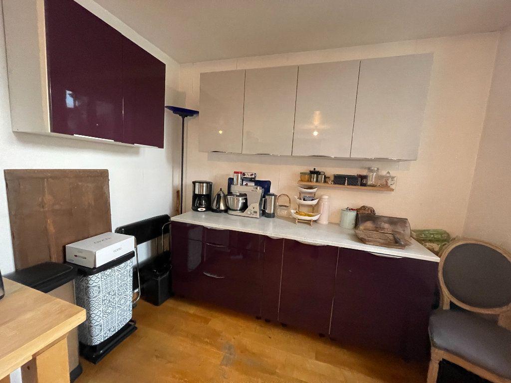 Appartement à louer 2 77.11m2 à Strasbourg vignette-4