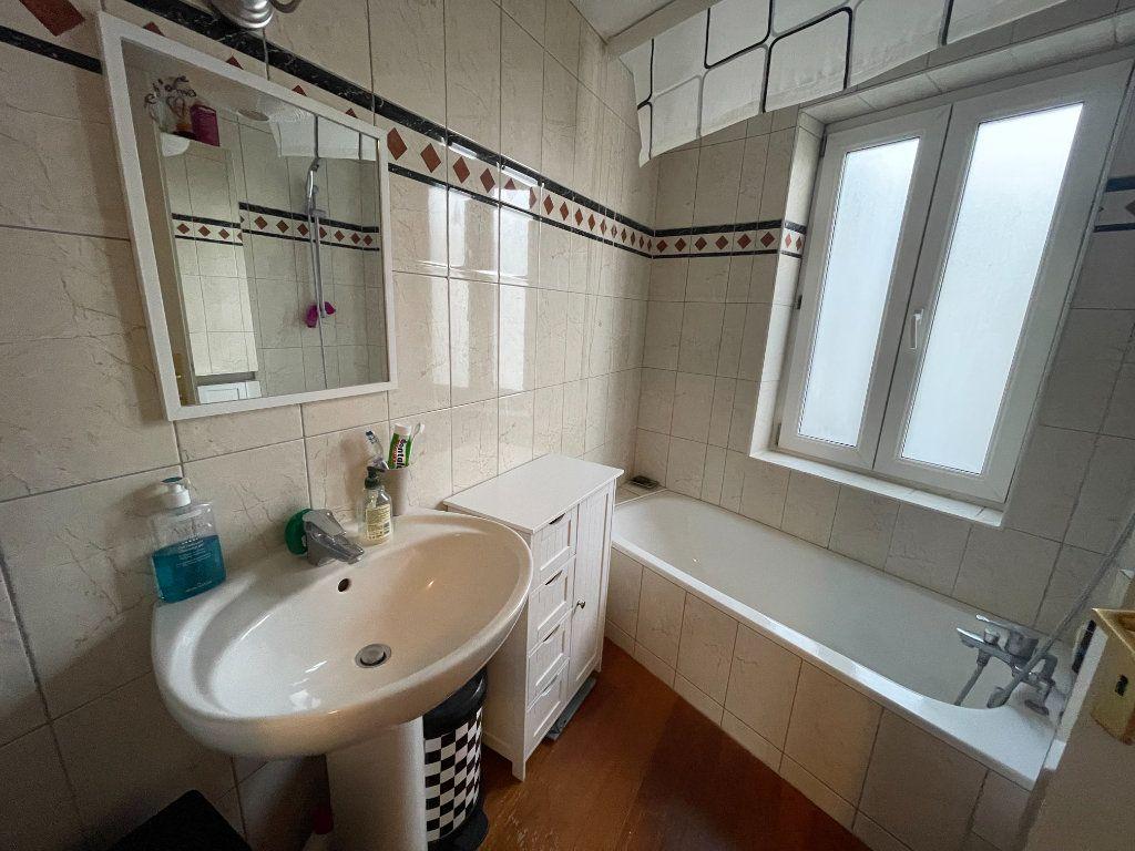 Appartement à louer 2 77.11m2 à Strasbourg vignette-7