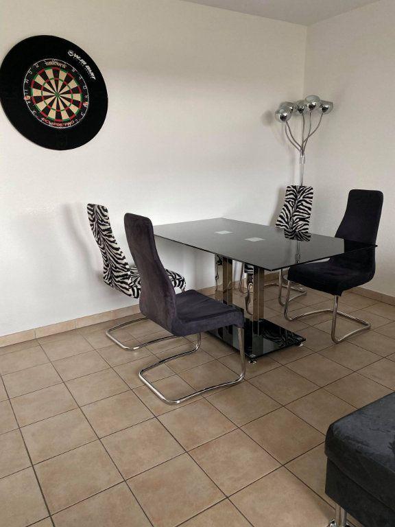 Appartement à louer 3 66.12m2 à Souffelweyersheim vignette-5