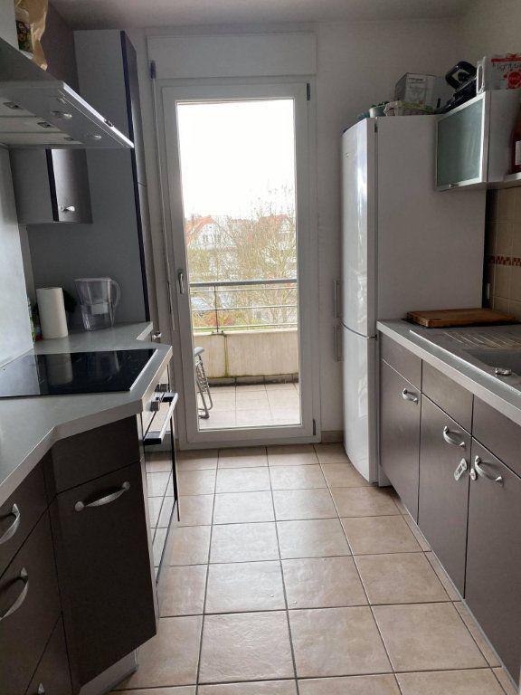 Appartement à louer 3 66.12m2 à Souffelweyersheim vignette-6