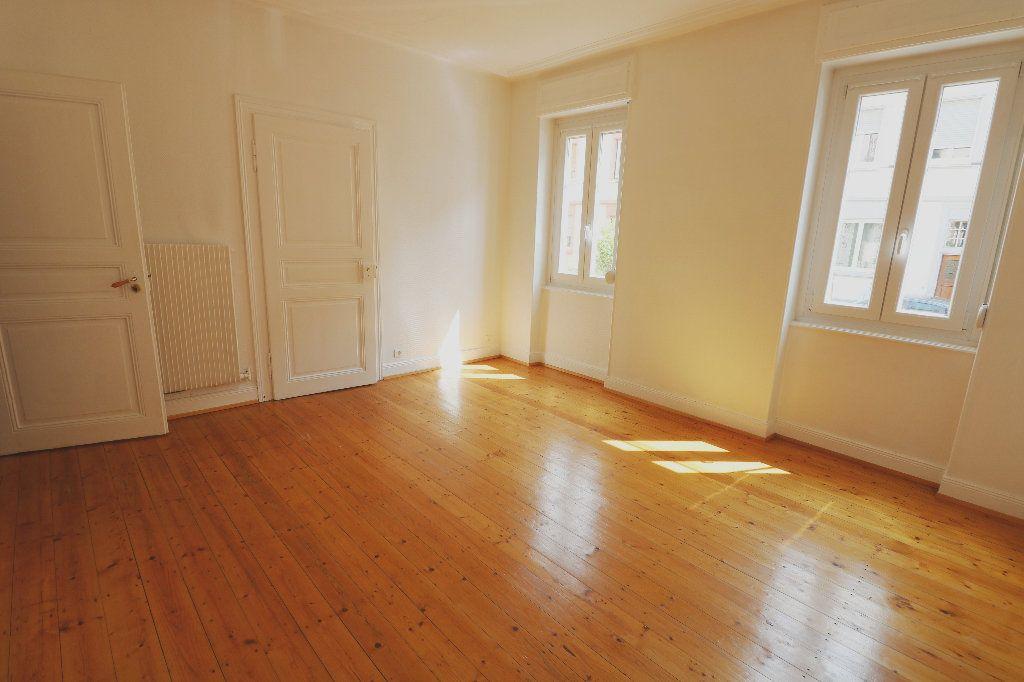 Appartement à louer 3 66m2 à Schiltigheim vignette-1