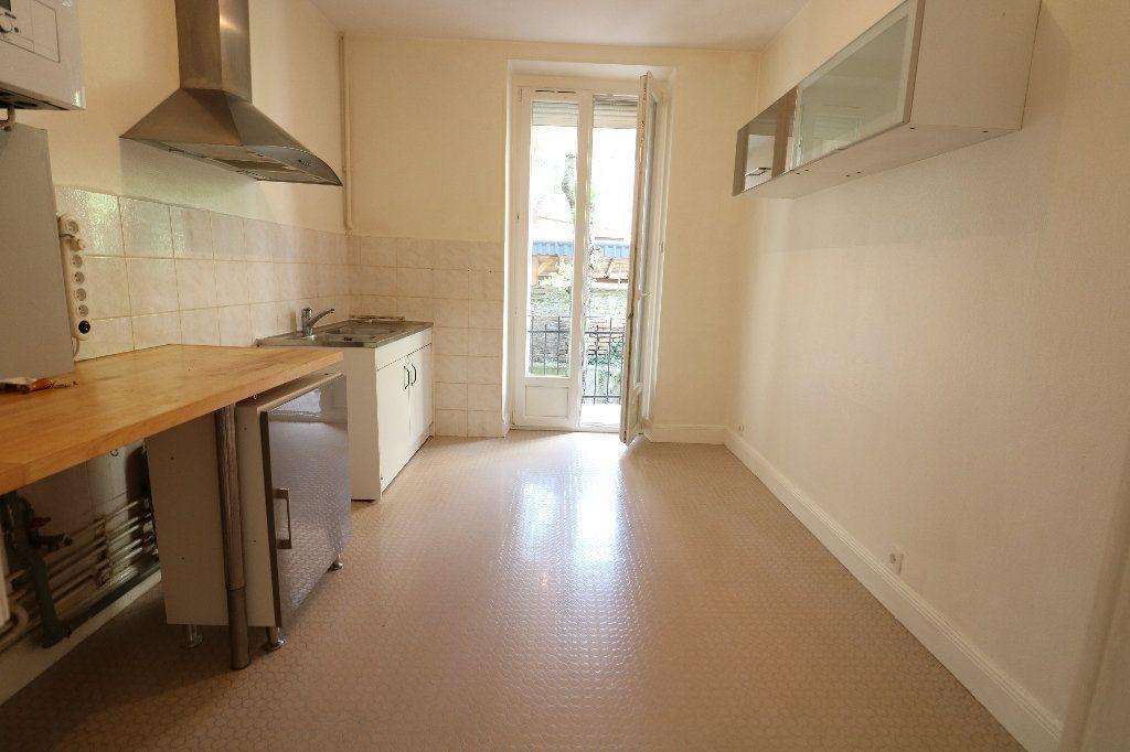 Appartement à louer 3 66m2 à Schiltigheim vignette-4