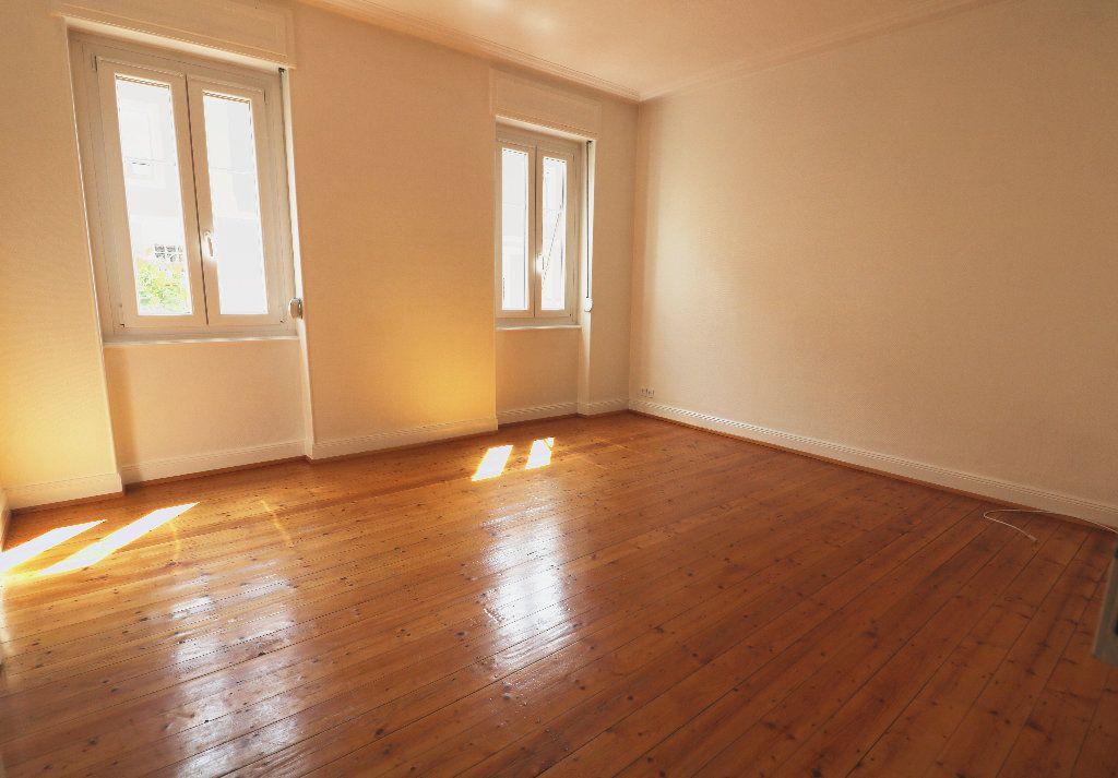 Appartement à louer 3 66m2 à Schiltigheim vignette-8