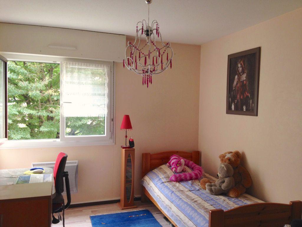 Appartement à louer 3 63.35m2 à Souffelweyersheim vignette-6