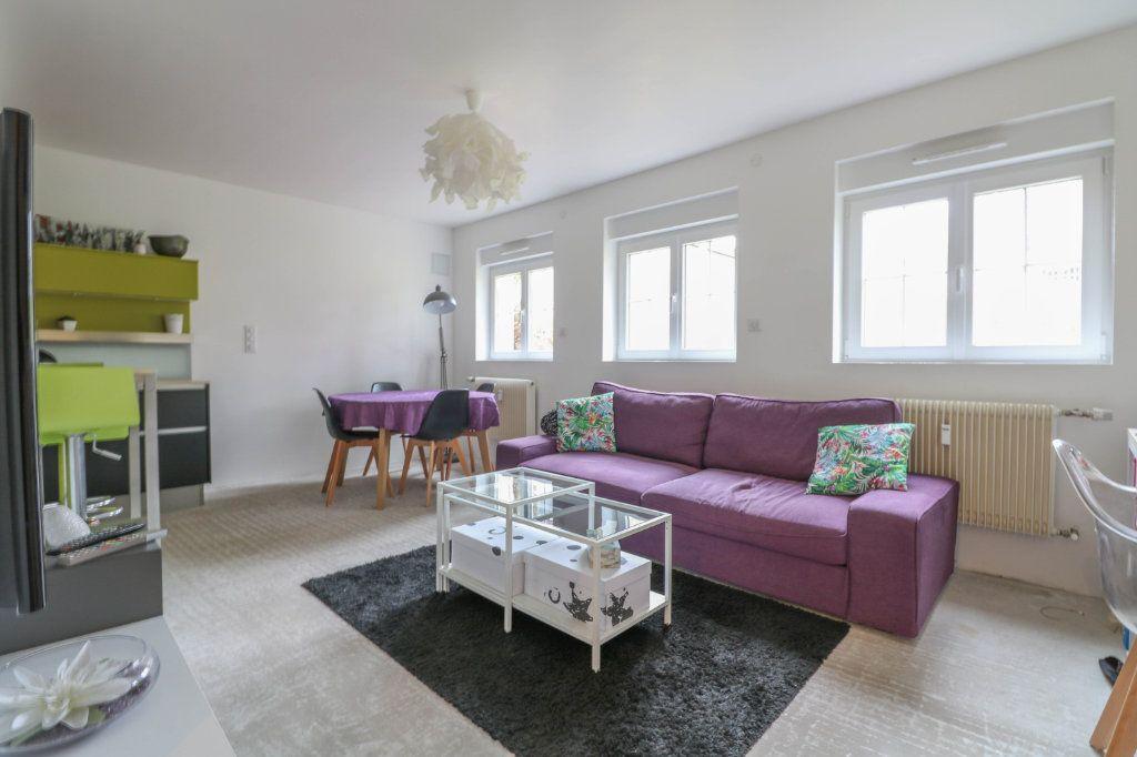 Appartement à louer 2 53.94m2 à Oberhausbergen vignette-1