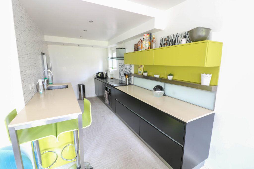 Appartement à louer 2 53.94m2 à Oberhausbergen vignette-2