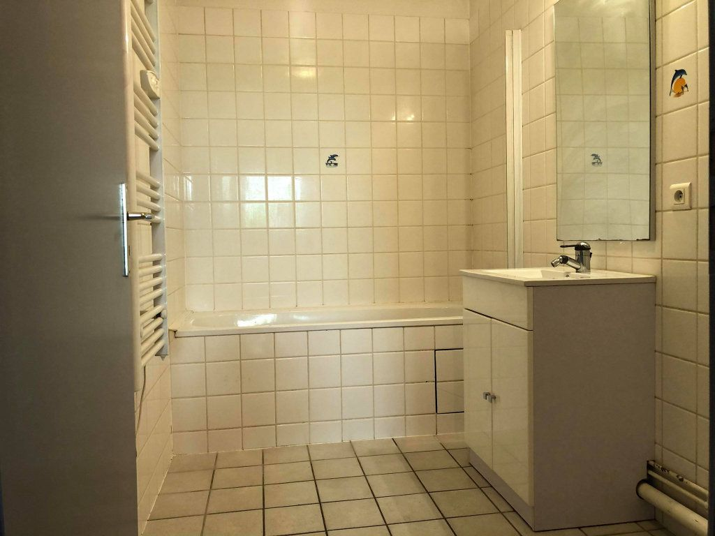 Appartement à louer 3 58.77m2 à Souffelweyersheim vignette-8