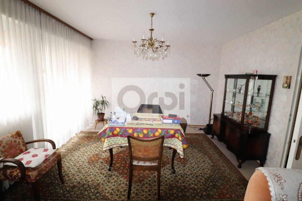 Appartement à vendre 4 85.43m2 à Hoenheim vignette-2