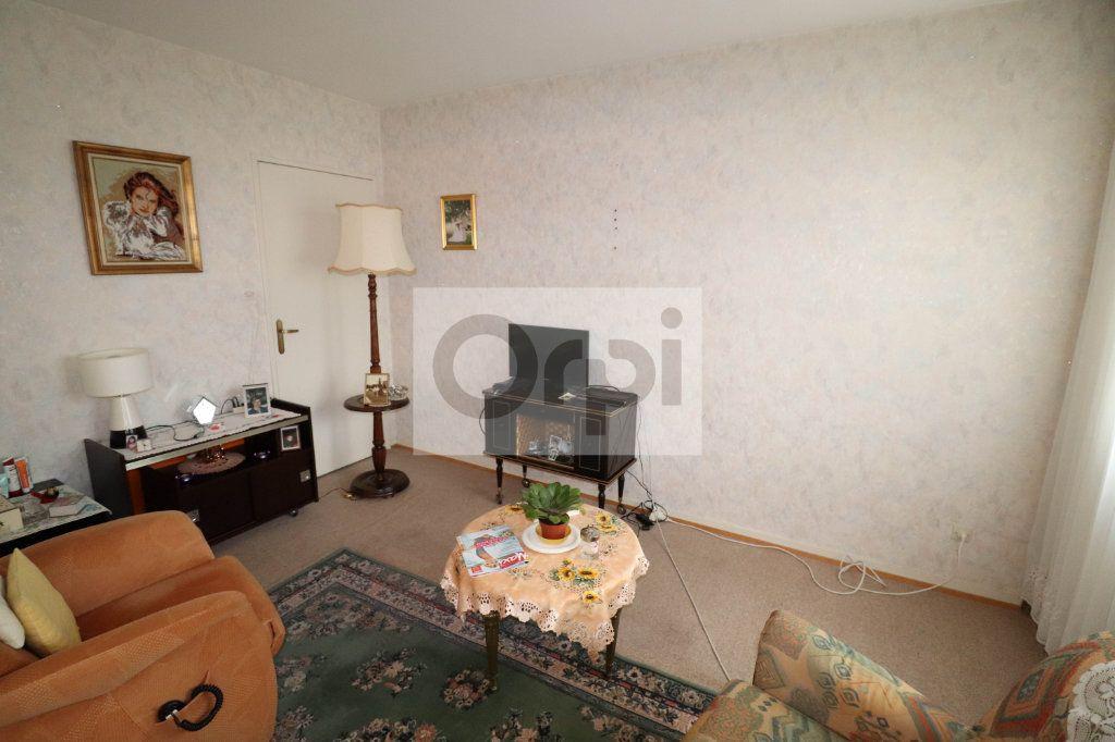 Appartement à vendre 4 85.43m2 à Hoenheim vignette-7