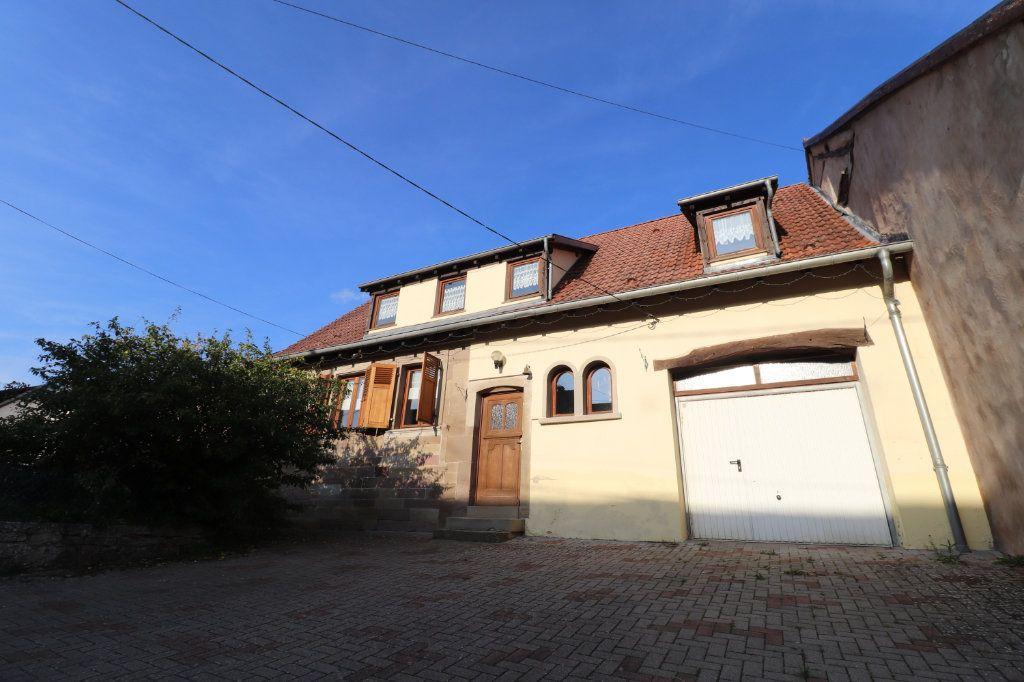 Maison à vendre 8 172m2 à Mackwiller vignette-1