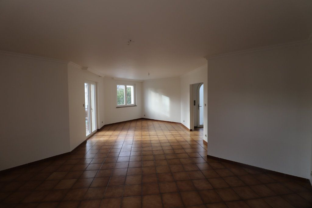 Maison à louer 6 170m2 à Weyersheim vignette-7