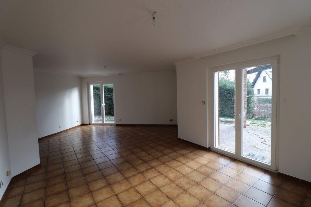 Maison à louer 6 170m2 à Weyersheim vignette-9