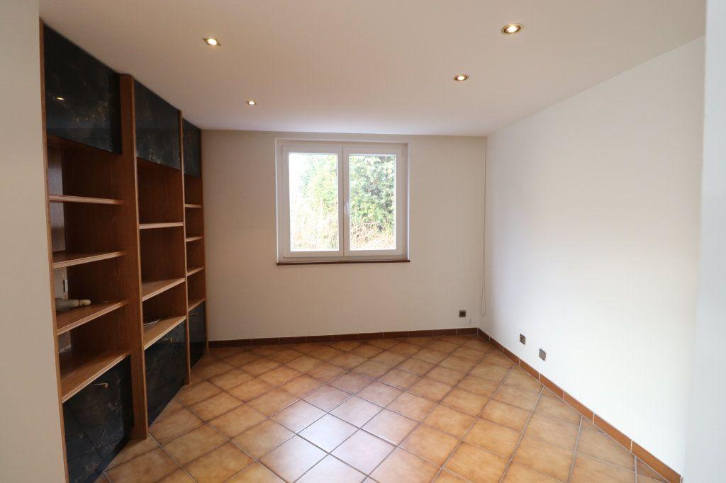 Maison à louer 6 170m2 à Weyersheim vignette-11