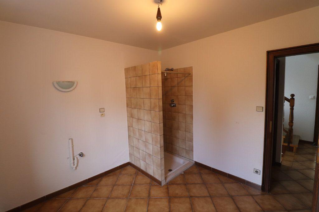 Maison à louer 6 170m2 à Weyersheim vignette-18
