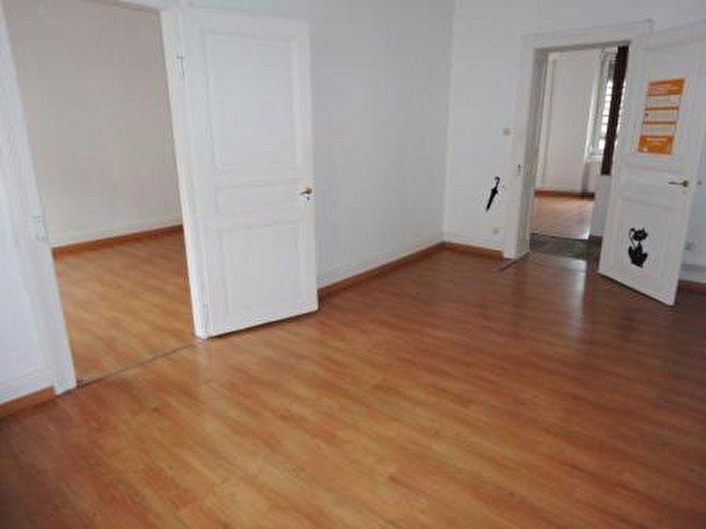 Appartement à louer 2 56m2 à Strasbourg vignette-3