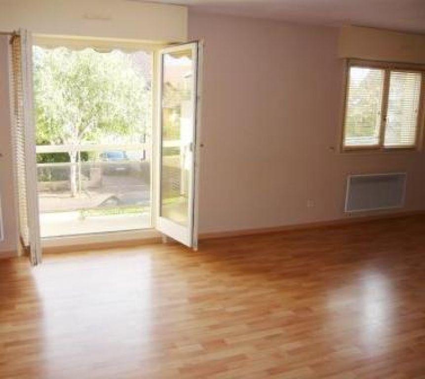 Appartement à louer 4 78m2 à Souffelweyersheim vignette-4