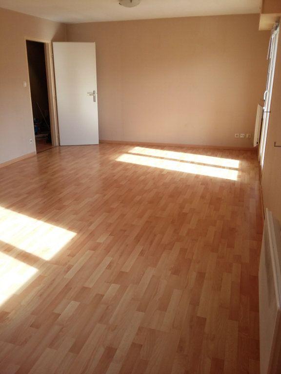 Appartement à louer 4 78m2 à Souffelweyersheim vignette-7