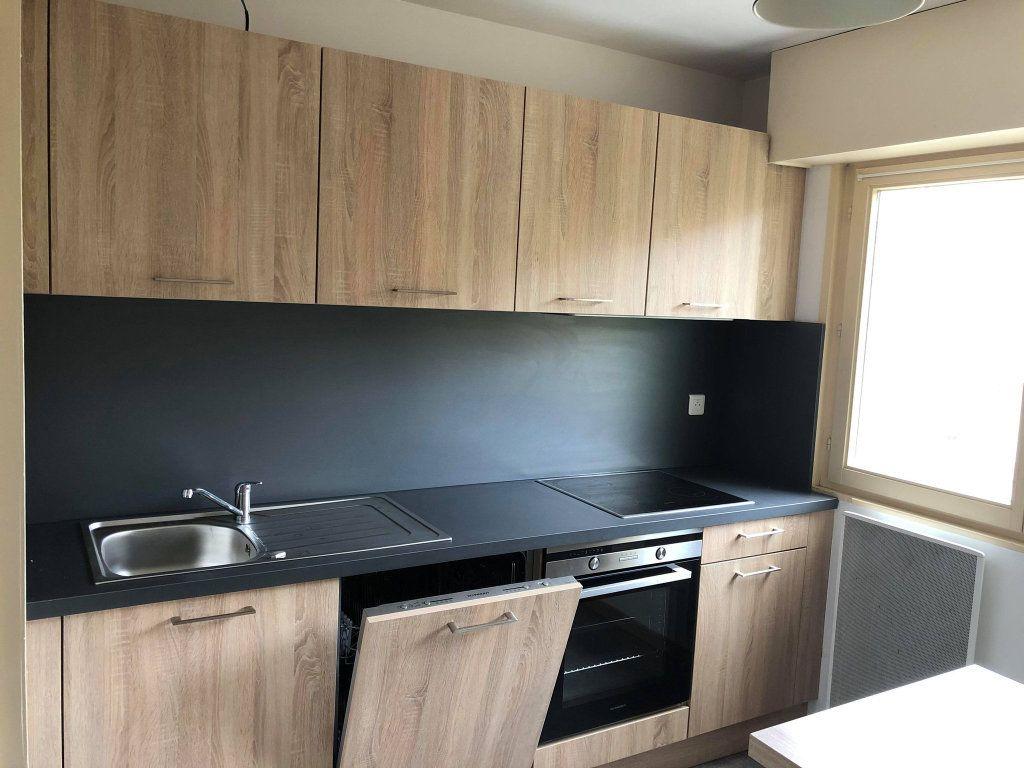 Appartement à louer 4 78m2 à Souffelweyersheim vignette-9