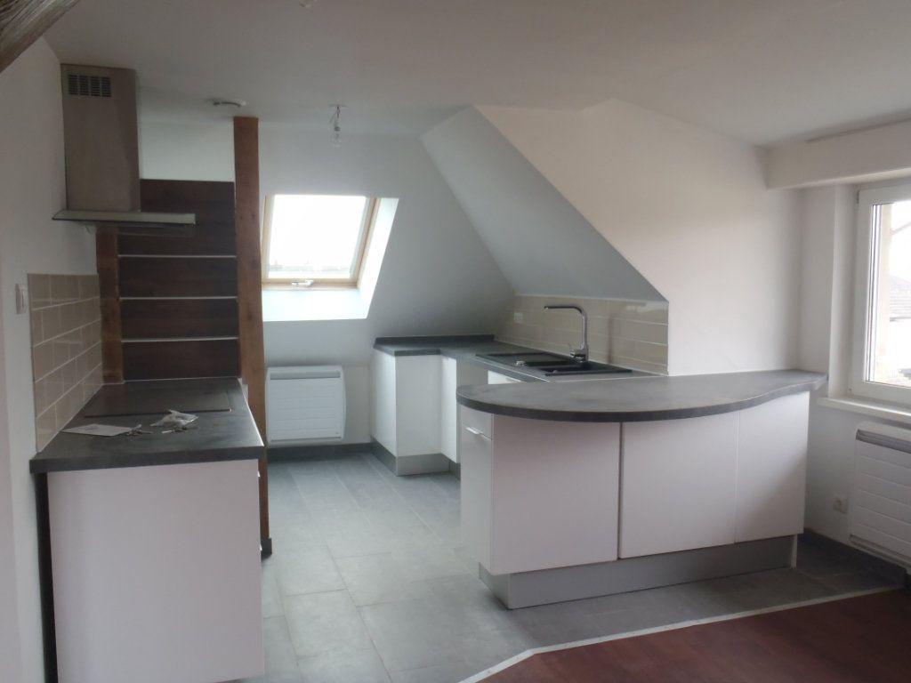 Appartement à louer 3 52.93m2 à Herrlisheim vignette-2