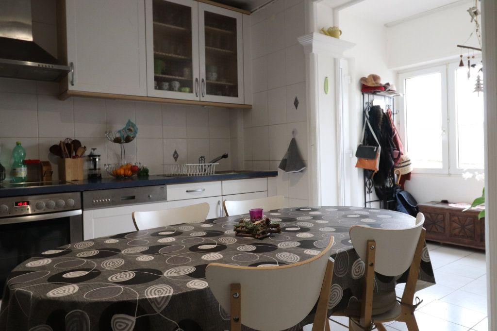 Appartement à vendre 3 84m2 à Lingolsheim vignette-2