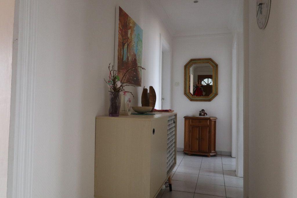 Appartement à vendre 3 84m2 à Lingolsheim vignette-4