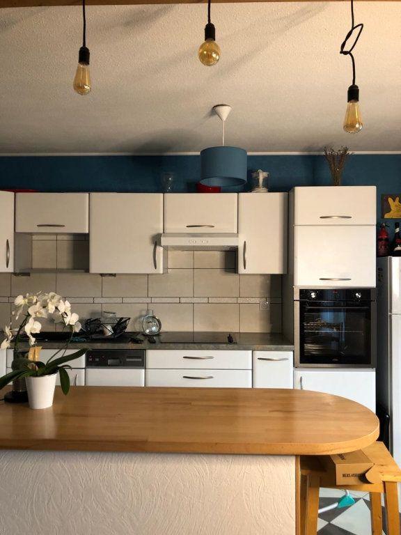 Appartement à louer 3 70.79m2 à Souffelweyersheim vignette-1