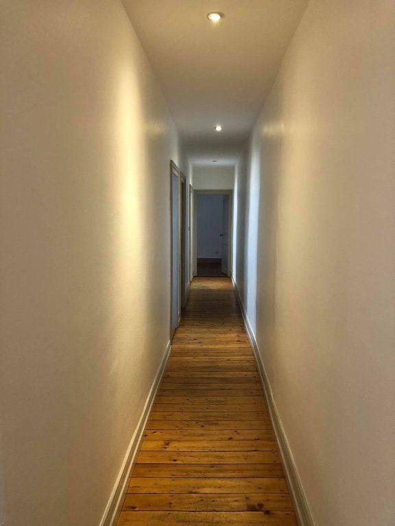 Appartement à louer 4 104m2 à Strasbourg vignette-2