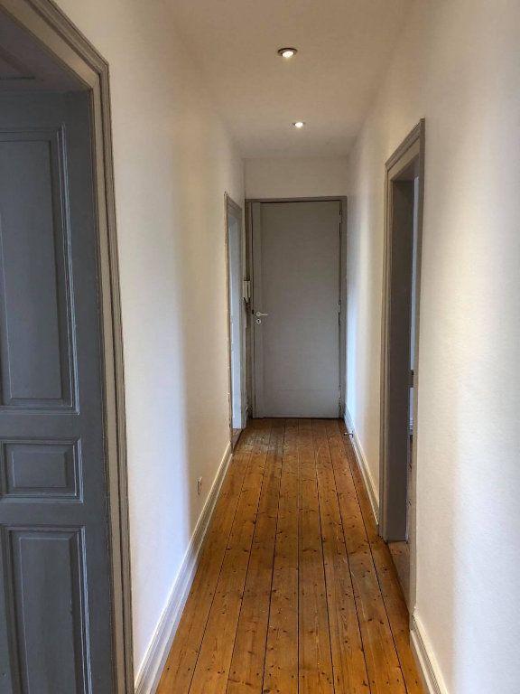 Appartement à louer 4 104m2 à Strasbourg vignette-3