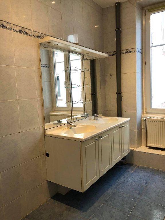 Appartement à louer 4 104m2 à Strasbourg vignette-6