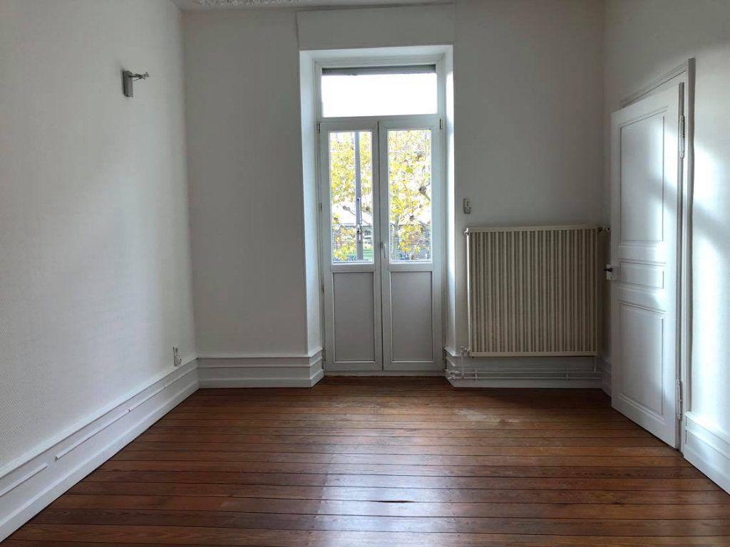 Appartement à louer 4 104m2 à Strasbourg vignette-12