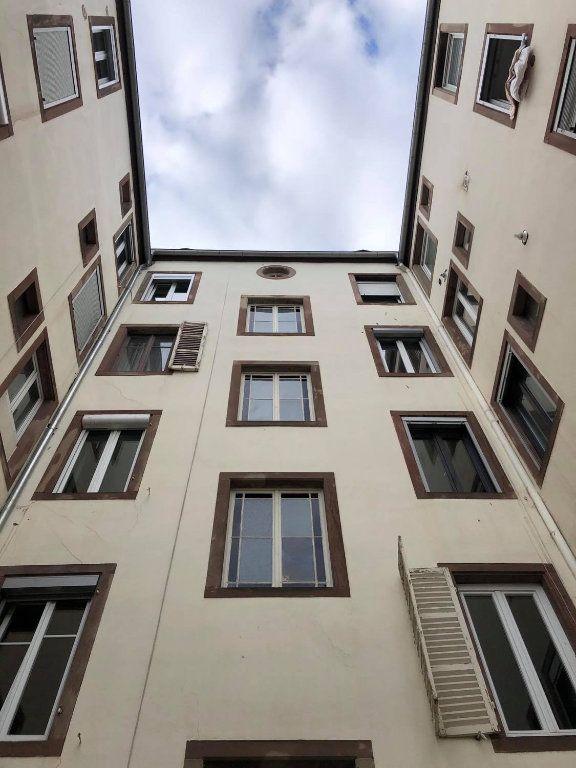 Appartement à louer 4 104m2 à Strasbourg vignette-13