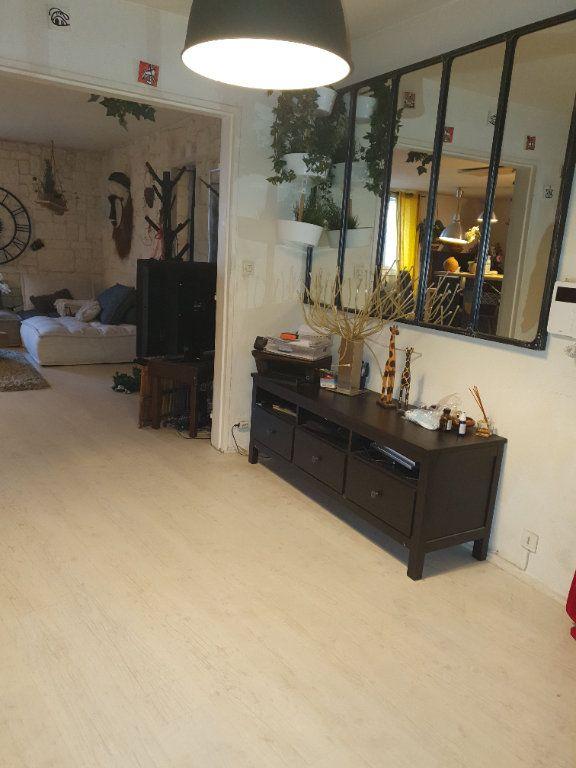 Appartement à vendre 4 98m2 à Strasbourg vignette-1