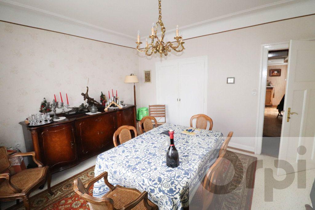 Maison à vendre 7 163.43m2 à Bischheim vignette-11