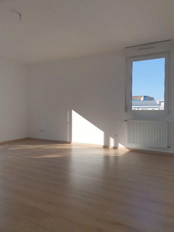 Appartement à vendre 4 80m2 à Reichstett vignette-9