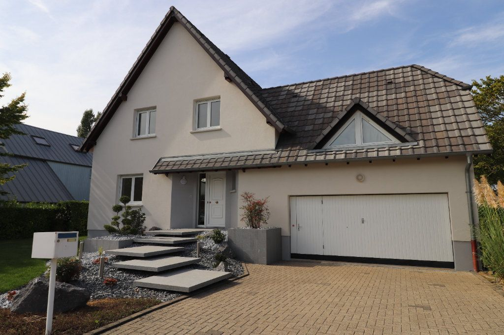 Maison à louer 5 122m2 à La Wantzenau vignette-3
