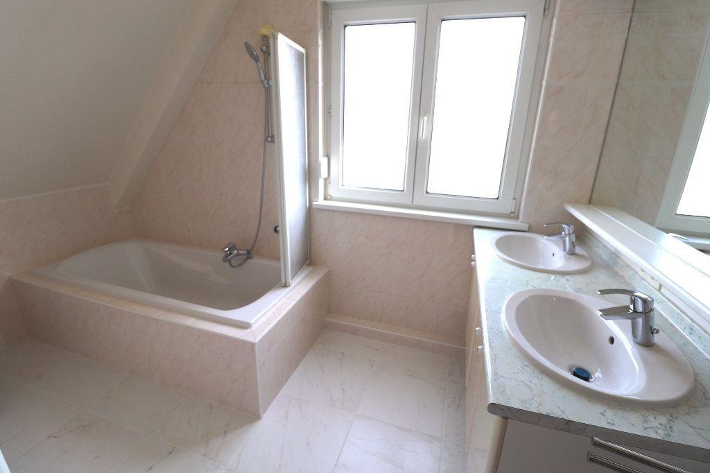 Maison à louer 5 122m2 à La Wantzenau vignette-12